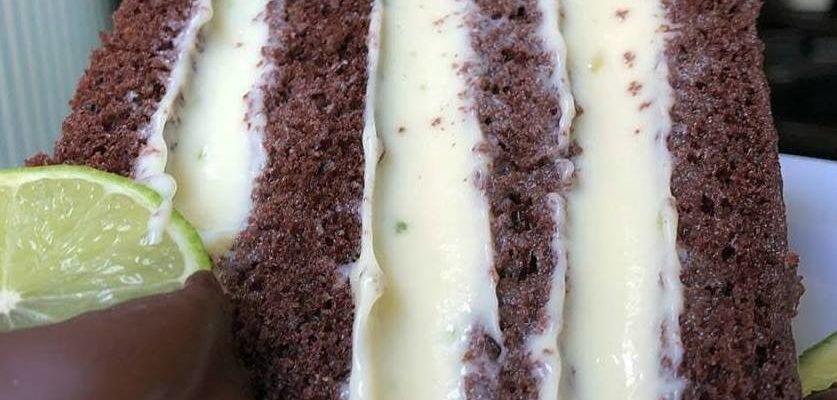 Bolo de Chocolate no final de semana é uma sobremesa top. Uma receita que será digna de vários elogios,como essa que prepararmos para você hoje